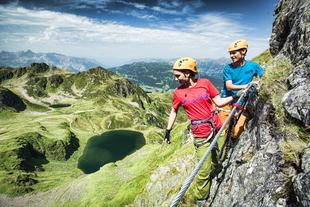 Klettersteig Burg : Abenteuer alpen neuer klettersteig im montafon
